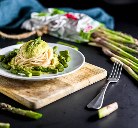 Spaghetti di farro con crema e punte di asparagi OrtoQui